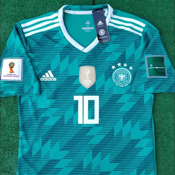 6ce47fd3ca7 2018 Germany away soccer jersey Ozil Adidas